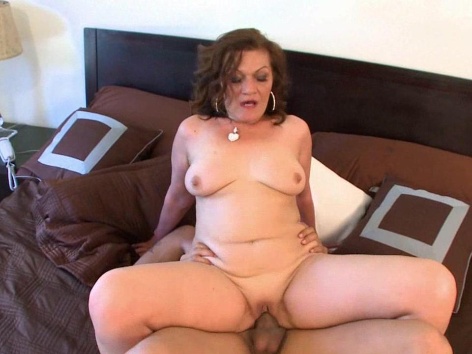Old women sex video clips
