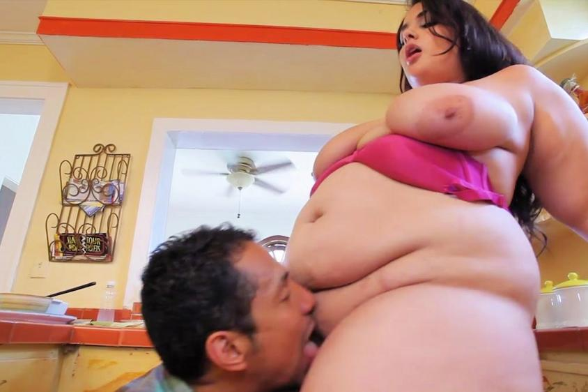 Sex with obese girl