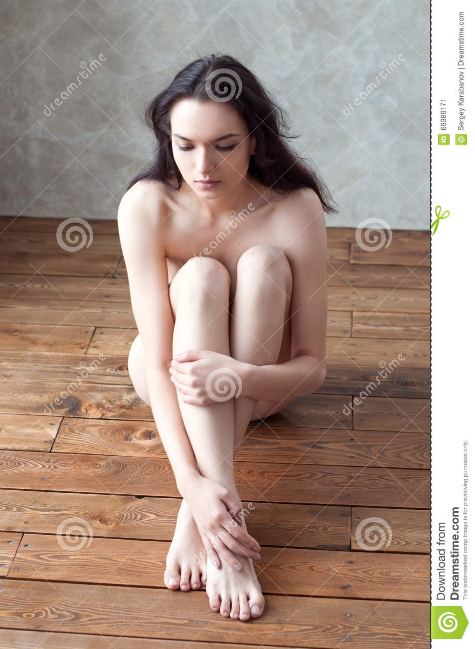 Picture girl cross legged sexy nude