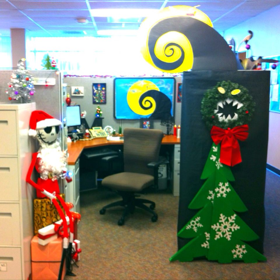 Office cubicle christmas decorating themes. 60 Gorgeous ...