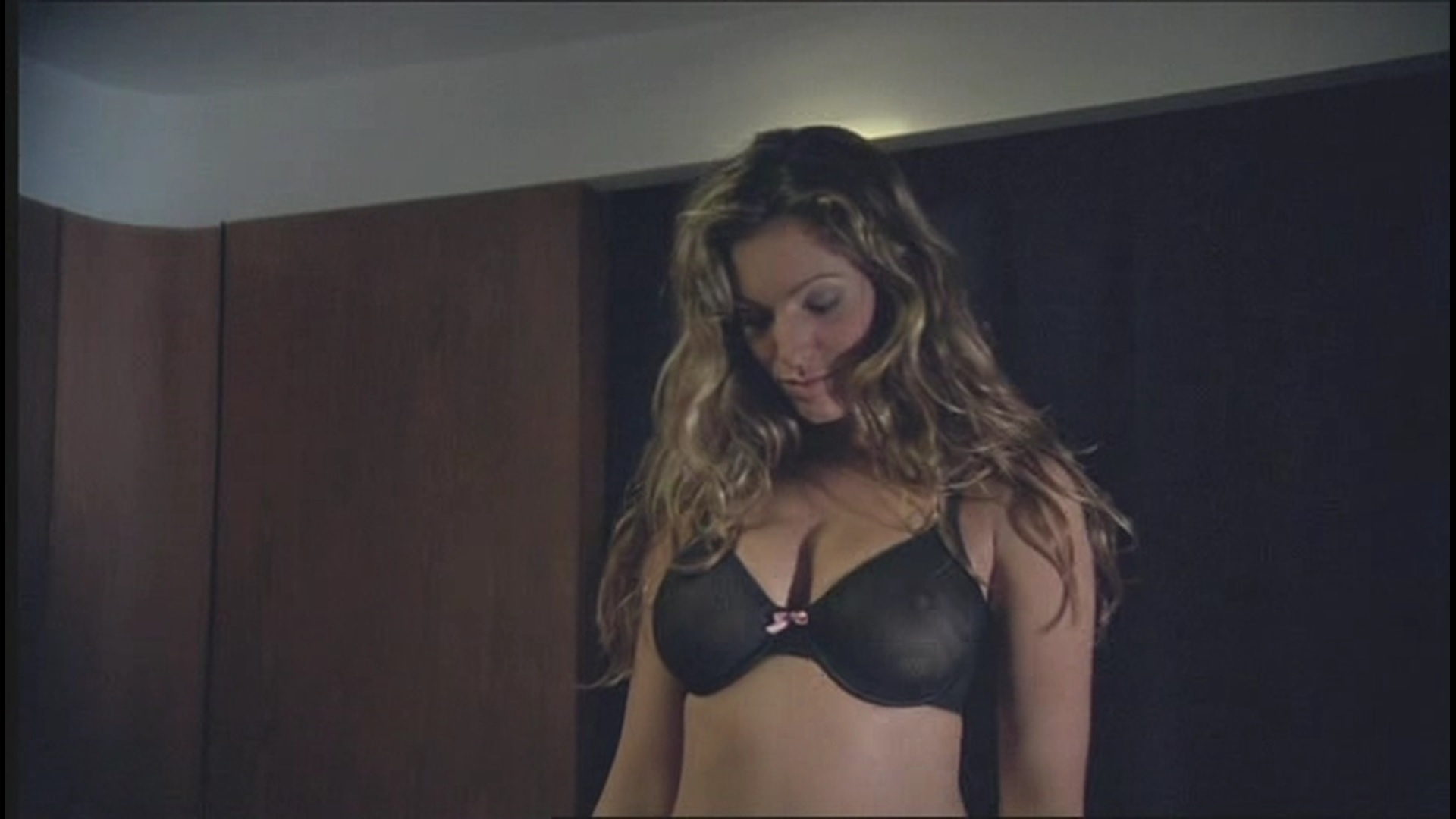 nude scenes of kelly brook