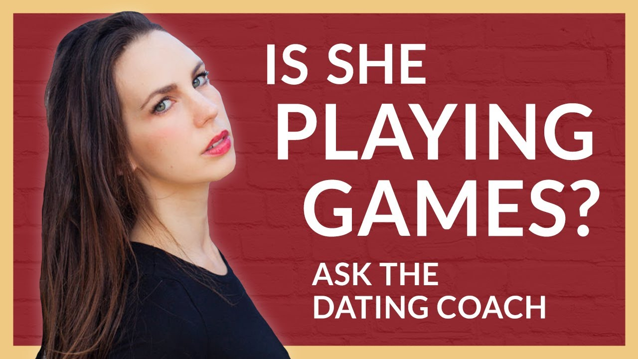 Dating girl playing games