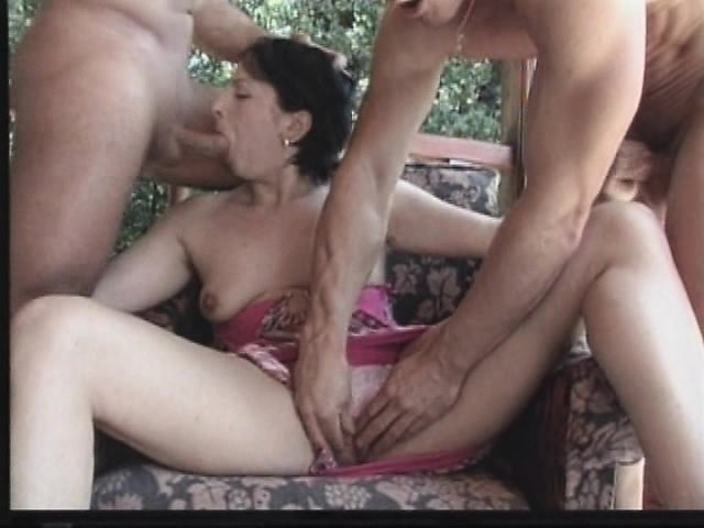 Free out door sex movies